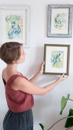 Green life and figure art come together in this watercolor paintings to create a collection about the connection with nature and our inner self. Perfect as wall decor to upgrade your home decor with a natural vibe. #theninsarseries #botanicalart #watercolorart #naturewatercolor #homedecorart Boho Bedroom Decor, Green Life, Botanical Art, Figurative Art, Watercolor Paintings, Connection, Beautiful Pictures, Gallery Wall, Wall Decor