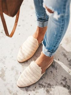 Fashion Simple Woven Pointed Flat Shoes – streettide sandals summer sandals cute sandals outfit pretty sandals casual sandals You can check full … Women's Shoes, Shoes 2018, Wedge Shoes, Shoe Boots, Cute Shoes Flats, Cute Casual Shoes, Women's Flat Shoes, Oxford Shoes, Shoes Sneakers