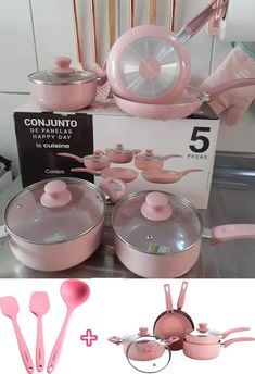 Cool Kitchen Gadgets, Kitchen Items, Home Decor Kitchen, Cool Kitchens, Pink Kitchen Appliances, Kitchen Organisation, Apartment Essentials, Pink Home Decor, Cute Kitchen
