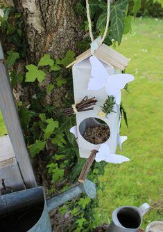 Idée bricolage recyclage : une mangeoire pour oiseaux - Stéphanie bricole
