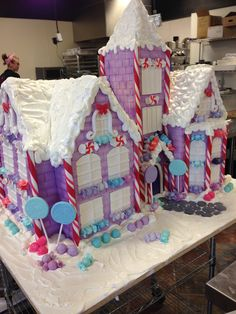 Custom Gingerbread Chateau created for an exclusive Holiday Party. www.gimmesomesugarlv.com
