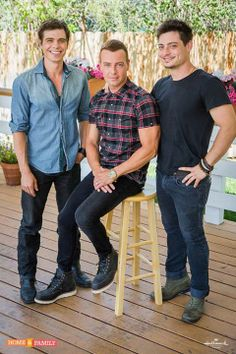 we owe there mom a big Thank You! The Lawrence Brothers ♥ Matthew Lawrence, Joey Lawrence, Shirtless Actors, Melissa & Joey, Celebrity Siblings, Hawaii Five O, We Are Family, Attractive Men, Gorgeous Men