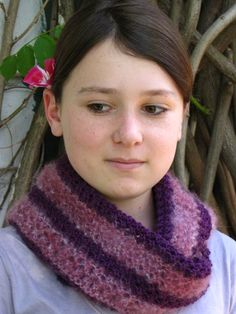 Free+Knitting+Pattern+-+Cowls+and+Neck+Warmers:+Royal+Purple+Cowl