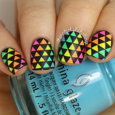 Hey guys! Check out this awesome geometric nail art I created using the #ChinaGlaze Electric Nights collection from @hbbeautybar and a triangle stamp from the new @bundlemonster Polynesia collection  I have a tutorial on exactly how I created this look on YouTube, the direct link is in my bio and it includes a voiceover and all details! ✨ What do you guys think of it?! #prsample