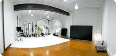 Photography studio rental in Barcelona - Estudio – plató fotográfico profesional de alquiler en Barcelona - Estudio de fotografía  http://www.maxstudio.es/estudio.html