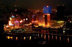 Im Sommer dieses Jahres wurden in Macau enorme Umsatzrückgänge verbucht. Das Spielverhalten vor Ort hatte sich verändert, es kamen weniger Glücksspielbesucher und demnach wurden weniger Einnahmen generiert.