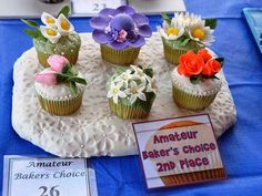 Cupcake decorating tips from a Philly champ