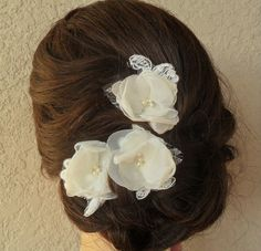 Lace Hair Pins, Wedding Hairpiece, Bridal Hair Pins, Lace Hair Accessory, Bridesmaid Hair Pins, Vintage Style Hairpiece, Wedding Hair Flower by DarlasBlooms on Etsy https://www.etsy.com/listing/218088601/lace-hair-pins-wedding-hairpiece-bridal