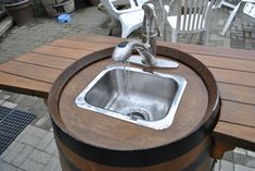 How to Make a Wine Barrel Sink – Raymondo