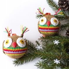 Items similar to 4 Crochet Christmas Christmas Owl baubles. Christmas balls on Etsy Christmas Owls, Christmas Tree Ornaments, Christmas Holidays, Xmas, Crochet Christmas Decorations, Etsy Shop, Knitting, Holiday Decor, Handmade