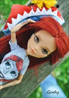 Jenny Rinn doll by Gudy - Monster High doll repaint and reroot :)