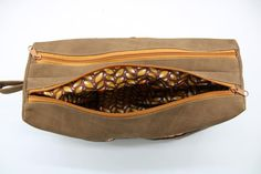 Trousse Zip-Zip en simili cuir cousue par Nathalie - Patron Sacôtin