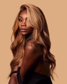 hair morenas CLICK picture and get human hair for chic ladies . on ali express and get more fashion cheap human hair Blonde Hair Black Girls, Honey Blonde Hair, Beige Blonde, Blonde Braids, Blonde Wig, Blonde Weave, Ash Blonde, Light Blonde, Weave Hairstyles
