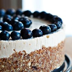 Raw and Vegan Blueberry Lemon Cheesecake