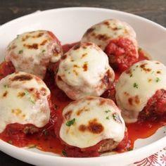 Meatballs alla Parmigiana (Gluten Free) Low Carb Meatballs alla Parmigiana (Gluten Free) - I Breathe. I'm Hungry.Low Carb Meatballs alla Parmigiana (Gluten Free) - I Breathe. I'm Hungry. Low Carb Recipes, Beef Recipes, Cooking Recipes, Healthy Recipes, Meatball Recipes, Hamburger Recipes, Chicken Recipes, Lunch Recipes, Recipies