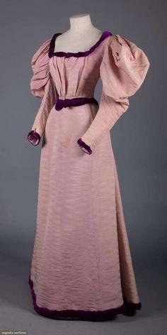 Day dress silk B. Altman NY label probably American ca. 1896 Tag Kleid Seide B. Altman New York label wahrscheinlich amerikanische ca. 1890s Fashion, Edwardian Fashion, Vintage Fashion, Edwardian Clothing, The Dress, Silk Dress, Corsage, Vintage Outfits, Edwardian Dress