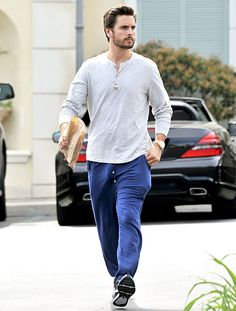 Scott Disick steps out in revealing pajama bottoms on Mar. 23. classic #lorddisick