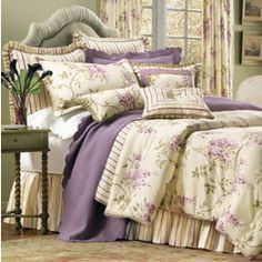 wisteria print bedspreads and comforters Rose Comforter, Luxury Comforter Sets, Bed Comforter Sets, Comforters, Lavender Comforter, Peaceful Bedroom, Dream Bedroom, Master Bedroom, Shabby Chic Bedrooms