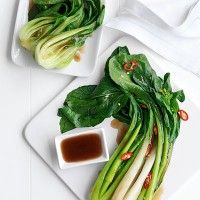 9 Ways With Asian Greens. From baby bok choy to wombok, Asian greens offer a whole new world of tastes and textures. Plus they're packed with nutritional value and are quick and easy to cook. Green Vegetable Recipes, Vegetable Dishes, Veggie Recipes, Chicken Recipes, Chilli Recipes, Asian Recipes, Sweet Potatoe Bites, Asian Vegetables, Veggies