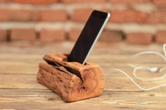 Driftwood+iPhone+dock+stand,+Solid+wood+phone+stand,+Samsung+docking+station,+Wooden+iPhone+dock,+Samsung+Galaxy+S6+and+S7+holder