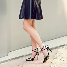 Holly Shoe Winter Wardrobe, Stiletto Heels, Collection, Shoes, Fashion, Capsule Wardrobe Winter, Moda, Zapatos, Shoes Outlet