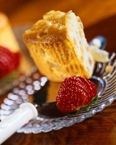 Low-Carb Almond Pound Cake