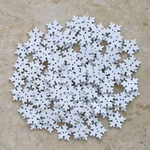 100 PCs Branco Do Floco De Neve de Natal De Madeira Botões de Costura Fit e…