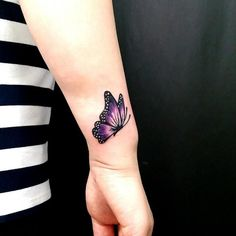 Butterfly Tattoo – View the recent tattoo designs - Best Tattoos Purple Butterfly Tattoo, Butterfly Tattoos For Women, Butterfly Tattoo Designs, Tattoo Designs For Women, Tattoos For Women Small, Small Tattoos, Infinity Butterfly Tattoo, Mini Tattoos, Trendy Tattoos