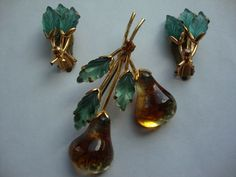 Austria Glass  Double Golden Pear Fruit Brooch Pin and Earring Set. Earrings are rare.