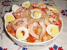 Cinco sentidos na cozinha: Salada russa com camarão,atum e ovo - Gourmet 4000...