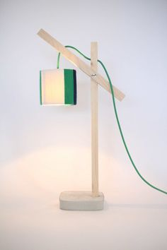 Lampe // Bois // Béton // Abat-Jour Laine Verte…