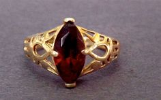 Vintage 14K Marquise 2 Carat Garnet Filigree Ring by EclairJewelry, $179.00