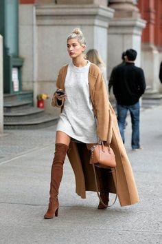 Overknee-Stiefel / Streetstyle-Mode / Fashion Week Week Source by jaydeynel… Fashion Mode, Fashion Week, Look Fashion, Womens Fashion, Fashion Trends, Paris Fashion, Fashion Fall, Net Fashion, Trending Fashion