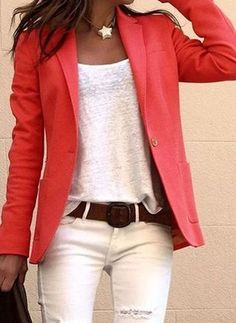Loose white Tee with blazer, belt and jeans - Outfit - Casual Outfits Mode Outfits, Fall Outfits, Casual Outfits, Summer Outfits, Fashion Outfits, Womens Fashion, Fashion Ideas, Coral Fashion, Fashion Jobs