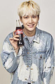 Yoongi [Suga] x Coca Cola Suga Suga, Kim Namjoon, Min Yoongi Bts, Bts Bangtan Boy, Bts Boys, Daegu, Foto Bts, Bts Photo, Agust D