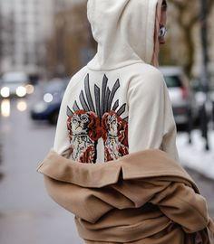 ph Radek Świątkowski shoes Top Shop / pants H&M / glasses Armani / hoodie Gucci / coat Aryton Unique Hoodies, Needlework, Gucci, Sweatshirts, Sweaters, Shoes, Fashion, Embroidery, Moda