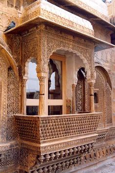 This photo from Rajasthan, West is titled 'Jaisalmer~ fort window'. Indian Temple Architecture, Mughal Architecture, Ancient Architecture, Beautiful Architecture, Art And Architecture, Architecture Details, Amazing India, Jaisalmer, Balcony Design