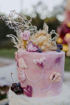 A Daytime Picnic Wedding at Riverwood Estate Black Wedding Cakes, Floral Wedding Cakes, Unique Wedding Cakes, Floral Cake, Wedding Cake Designs, Wedding Sets, Unique Cakes, Wedding Catering, Wedding Vendors