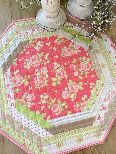 Carried Away Quilting sews a Centerpiece Tablemat (pattern by Sweet Treasures Quilts) using several lines from Fig Tree & Company for Moda. Table Runner And Placemats, Table Runner Pattern, Quilted Table Runners, Table Topper Patterns, Quilted Table Toppers, Small Quilts, Mini Quilts, Fabric Crafts, Sewing Crafts