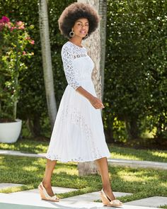 Lilly Pulitzer Long Sleeved Lace Top White Pleated Dress for a Bride  | Aiden Dress  #lillypulitzer #brides #bridetobe