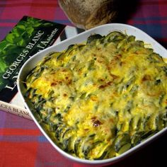 The Georges Blanc-style zucchini gratin - Georges Blanc-style zucchini gratin - Veggie Recipes, Keto Recipes, Vegetarian Recipes, Cooking Recipes, Healthy Recipes, Chefs, Dinner Rolls, Food Videos, Food And Drink