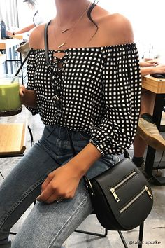 30 Best Summer Outfits Stylish and Comfy Latest Fashion Trends – This casual outfit is perfect for spring break or the summer. The Best of street fashion in Casual Outfits, Fashion Outfits, Womens Fashion, Fashion Trends, Latest Fashion, Spring Summer Fashion, Spring Outfits, Spring Ootd, Spring Summer 2018
