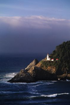 Heceta Head Lighthouse, Devils Elbow State Park, Oregon,