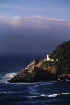 Heceta Head Lighthouse, Devils Elbow State Park, Oregon,