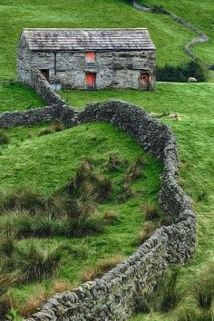 """Swaledale Barn in North Yorkshire, The photographer here states the entire dale is """"littered with beautiful stone barns and dry stone walls. North Yorkshire, Yorkshire England, Yorkshire Dales, The Places Youll Go, Places To See, Beautiful World, Beautiful Places, Stone Barns, Stone Fence"""