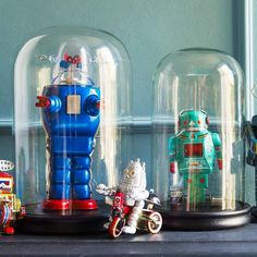 Classy Kinds Room - Great Vintage Robot Finds Displayed in Cloches. Definitely not Cliche lol The Bell Jar, Bell Jars, Boy Room, Kids Room, Child's Room, Eclectic Artwork, Teal Bathroom Decor, Boy Bathroom, Arte Robot