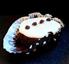 Grain-Free Vegan Tuxedo Cupcakes [GF]