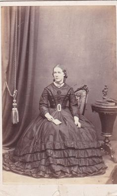 Irish Old CDV Photo Dublin Lady Superb Dress Image Fashion 1870s Antique Photo | eBay