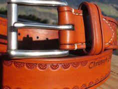 Handgemachter brauner Leder-Gürtel mit von AlpineLeatherworx