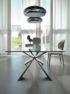 Spyder SS Dining Table